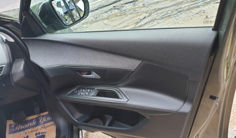 PEUGEOT 5008 Allure PureTech GT Line 2019 full
